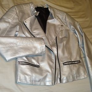 NWOT Silver vegan leather jacket with faux fur
